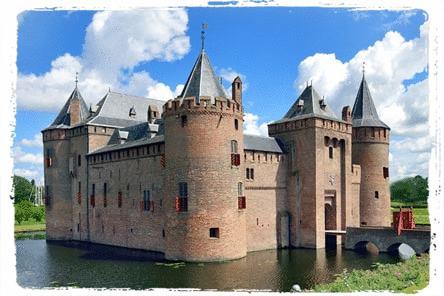 Strategische geheimen van middeleeuwse kastelen purk